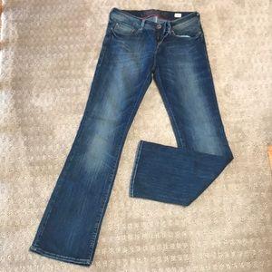 MAVI Zoe Jeans